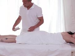 Dreamer nahm der Sex auf dem Massage bei Ihrer